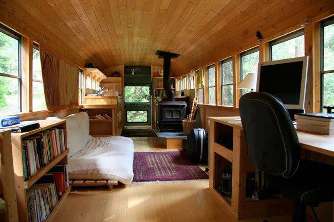 converted-bus-living-off-the-grid